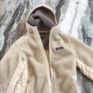 Patagonia Women's size small full zip hoodie!